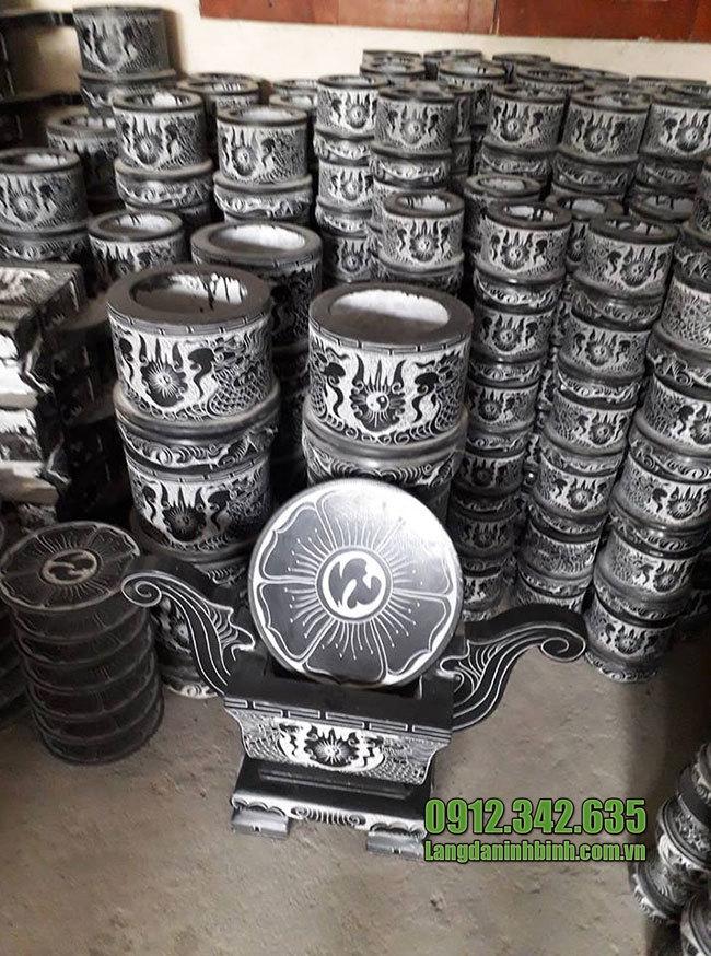Bát hương đá ở Hà Nội