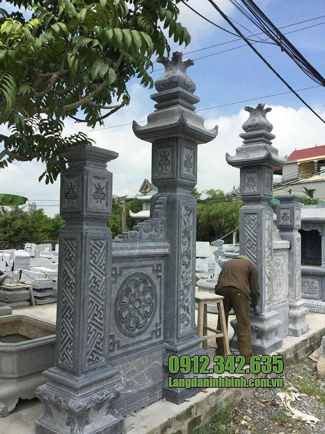 Cột trụ cổng nhà thờ bằng đá đẹp