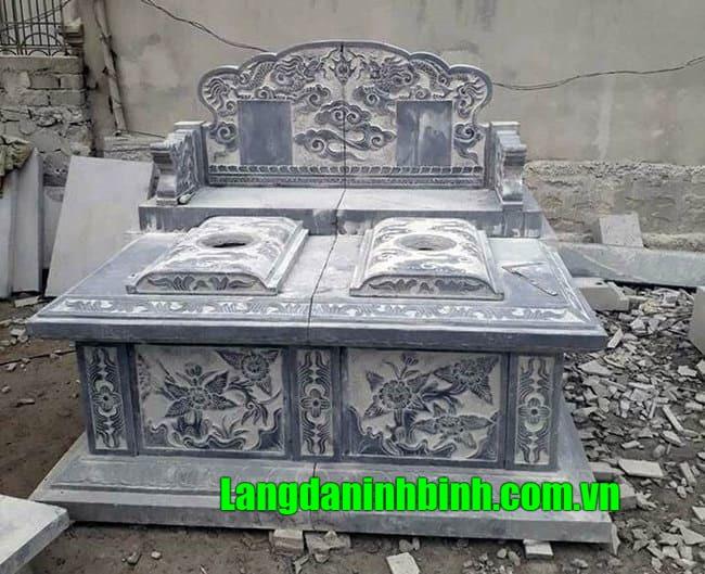 Mẫu mộ đá đôi Ninh Vân