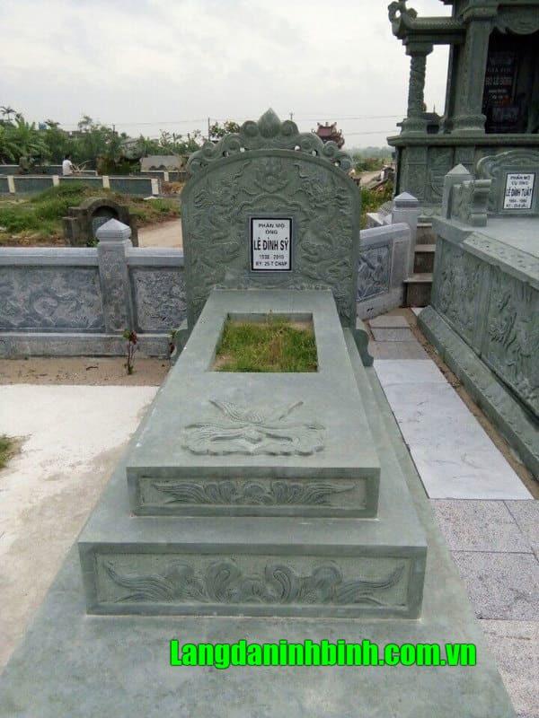 Mẫu mộ đá xanh rêu Thanh Hóa