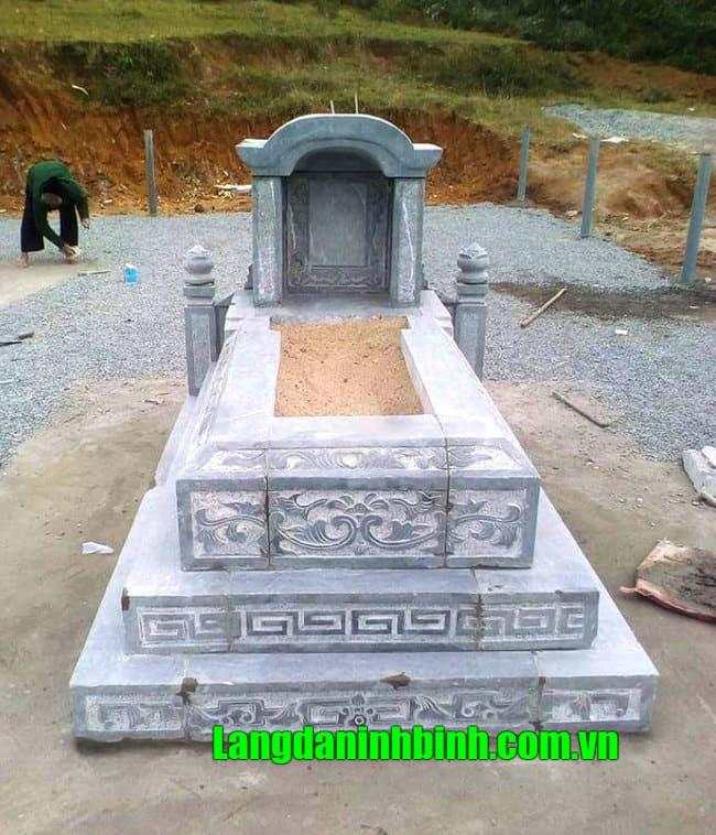 Mẫu mộ tam cấp đá đẹp