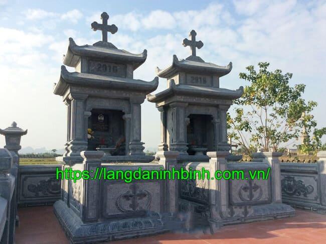 Mộ công giáo bằng đá xanh