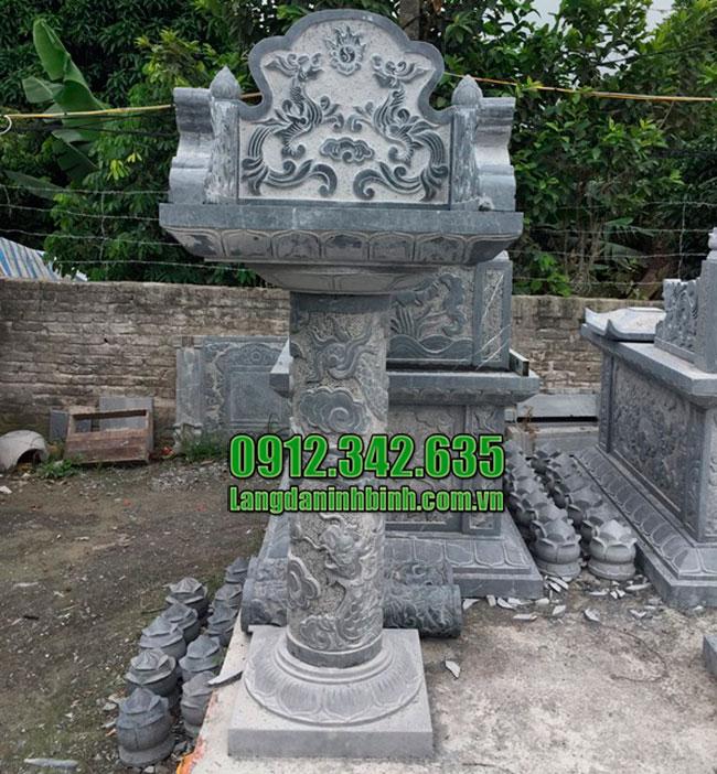 Am thờ đá xanh nguyên khối