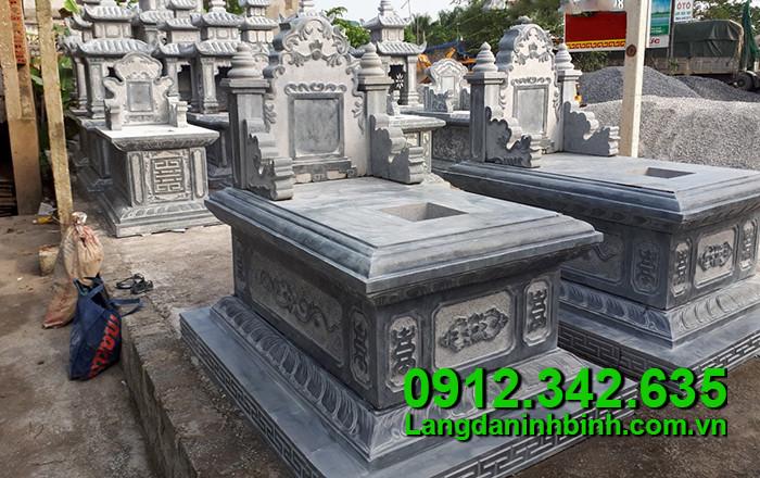 Mẫu xây mộ bằng đá tự nhiên đẹp