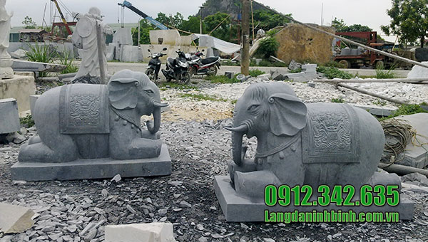Con voi đá phong thủy