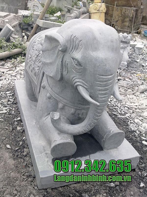 Tượng voi bằng đá đẹp