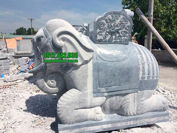 Tượng con voi bằng đá đẹp chuẩn phong thủy