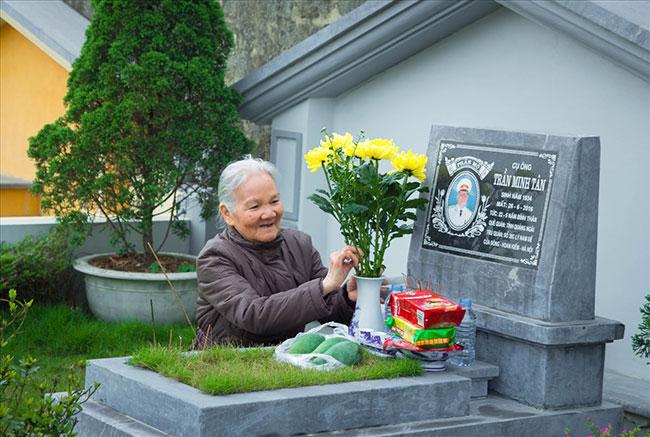 Tảo mộ, thăm viếng mộ cuối năm