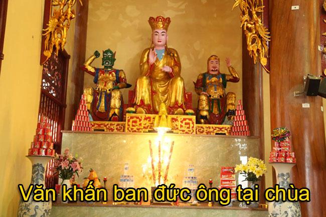 Văn khấn ban đức ông tại chùa