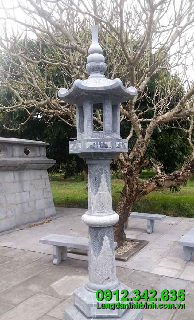 Đèn thờ bằng đá - Công đức vào chùa, đình, đền, nhà thờ họ