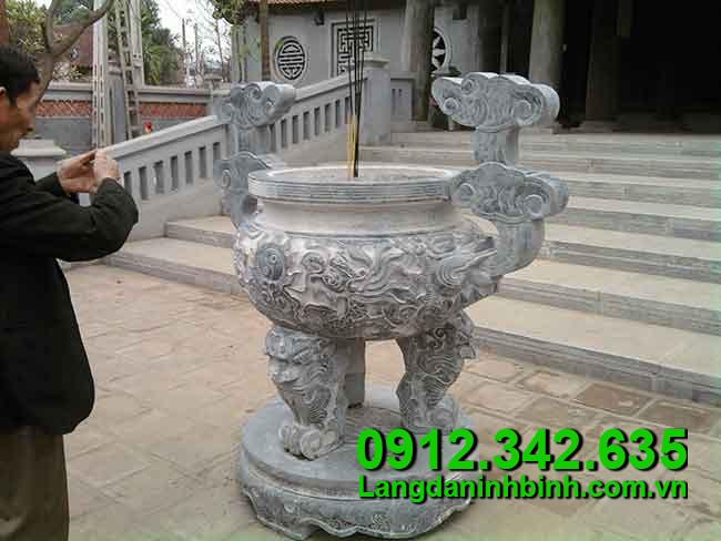 Lư hương bằng đá - Công đức vào chùa, đình, đền, nhà thờ họ