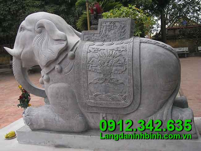 Voi bằng đá - Công đức vào chùa, đình, đền, nhà thờ họ