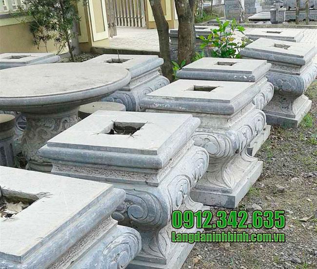Các mẫu chân cột vuông bằng đá đẹp