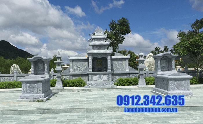 Khu lăng mộ đá xanh tự nhiên đẹp nhất