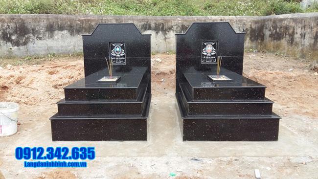 mẫu mộ hai người đá granite