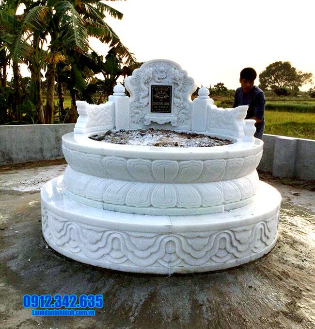 Hình ảnh mẫu mộ tròn bằng đá trắng đẹp