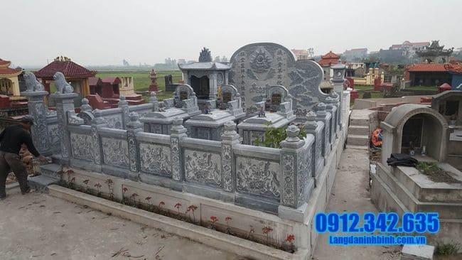 khu lăng mộ đá tại Huế đẹp