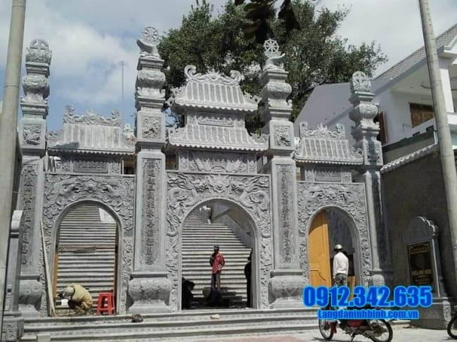 mẫu cổng chùa đẹp bằng đá xanh