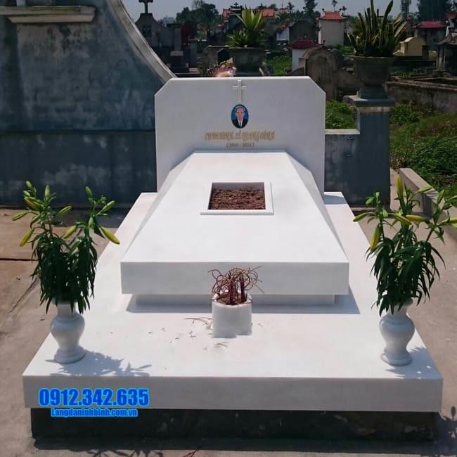 mộ bằng đá hoa cương đẹp