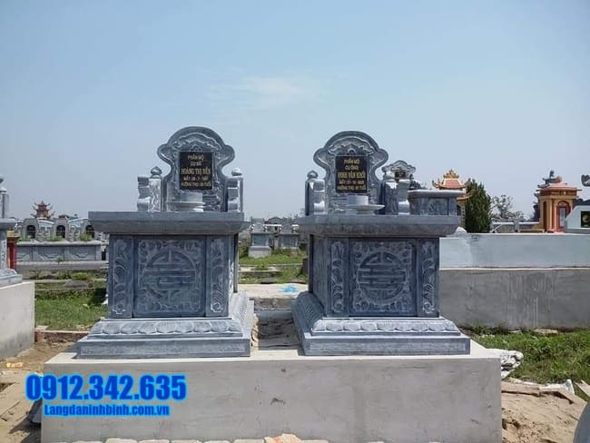 mộ đôi đá mỹ nghệ tại Bình Định