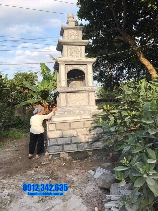 mộ tháp đá tại Bình Phước đẹp