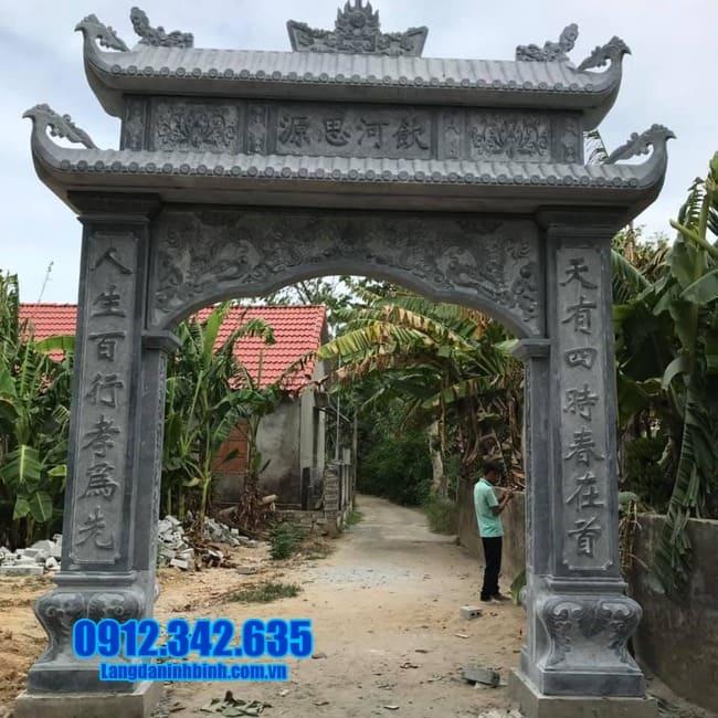 cổng nhà thờ họ bằng đá tại Hải Phòng