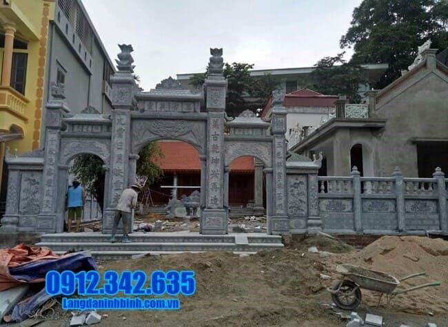 cổng tam quan bằng đá tại Bình Thuận đẹp