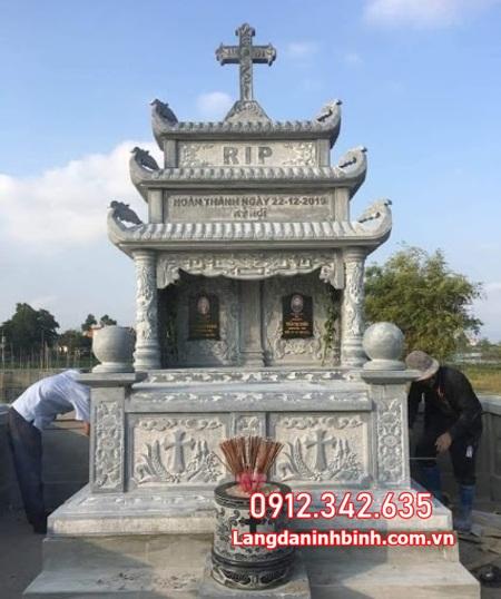 mộ đôi bằng đá đẹp nhất tại Ninh Thuận