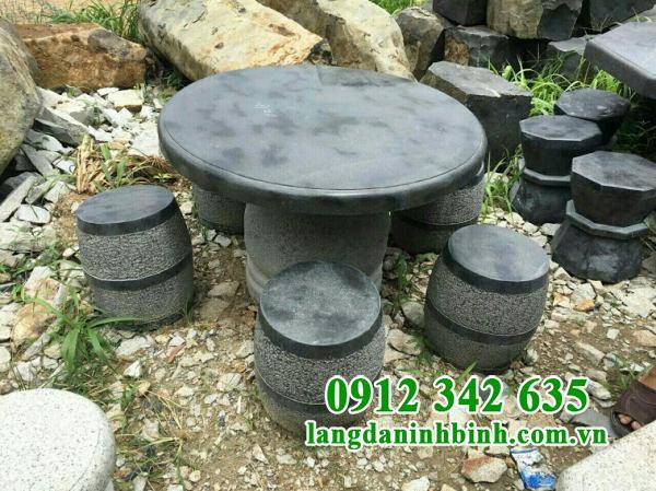 Mẫu bàn ghế đá sân vườn biệt thự đẹp