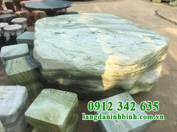 Tại sao nên mua bàn ghế đá tự nhiên tại Ninh Vân?
